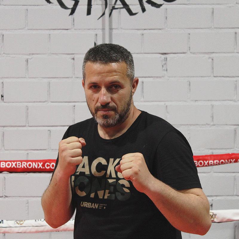 boxeo-profesor-escuela-lucha-ragnarok